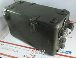 Vintage US Army Signal Corps Military Delco Field Radio Power Supply Battery Box