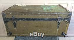 World War 2 WW2 Vintage 1945 Foot Locker US Army Trunk UNITED STATES MILITARY